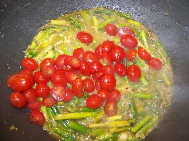 Рецепт Паста с чесноком и спаржей  шаг-4