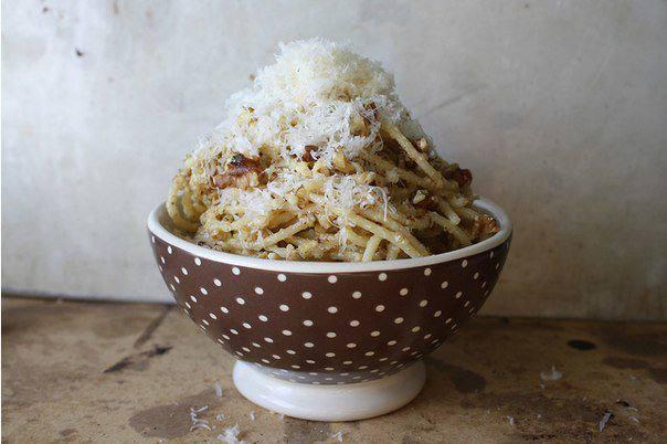 Готовим Закуски Спагетти с песто из грецких орехов