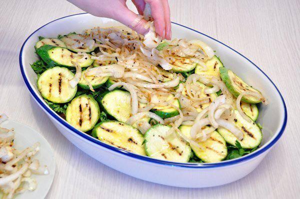 Рецепт Запеканка из овощей-гриль с сыром шаг-3