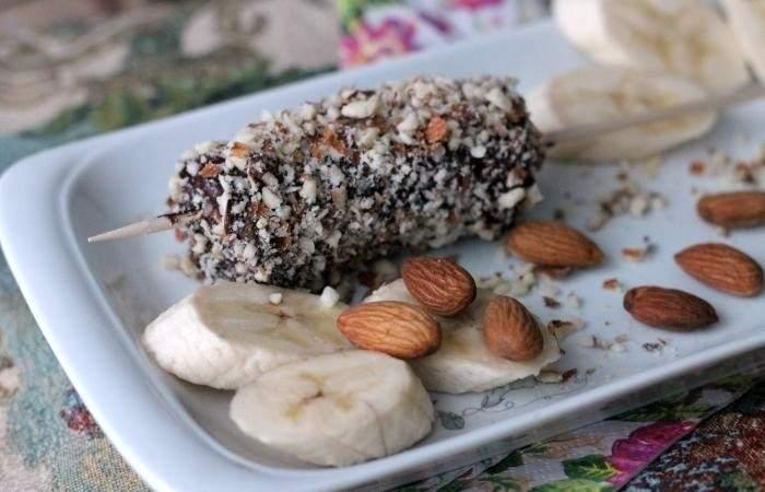 Рецепт Бананы в шоколаде с миндалем шаг-9