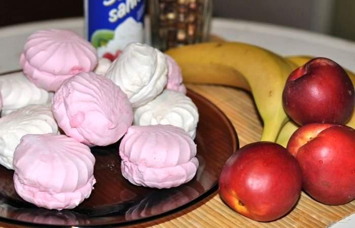 Рецепт Торт из зефира и фруктов шаг-1