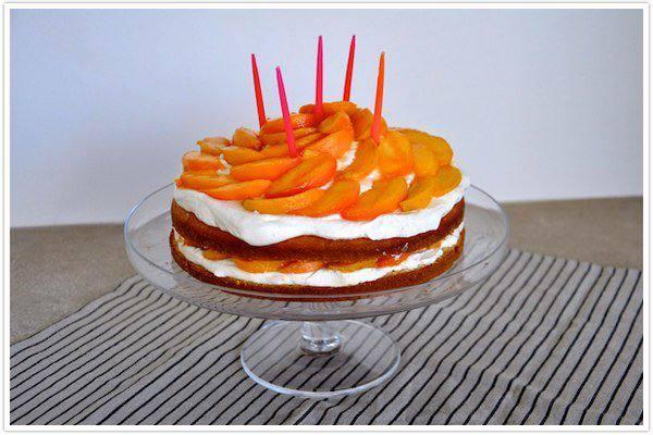 Готовим Десерты Торт со сливками и персиками