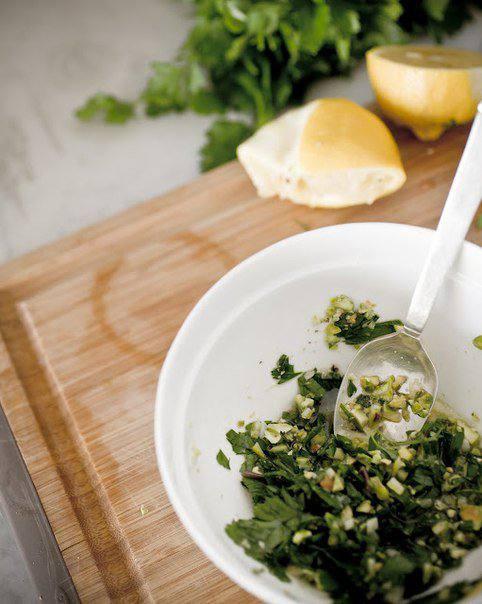 Рецепт Розочки из семги с соусом шаг-3