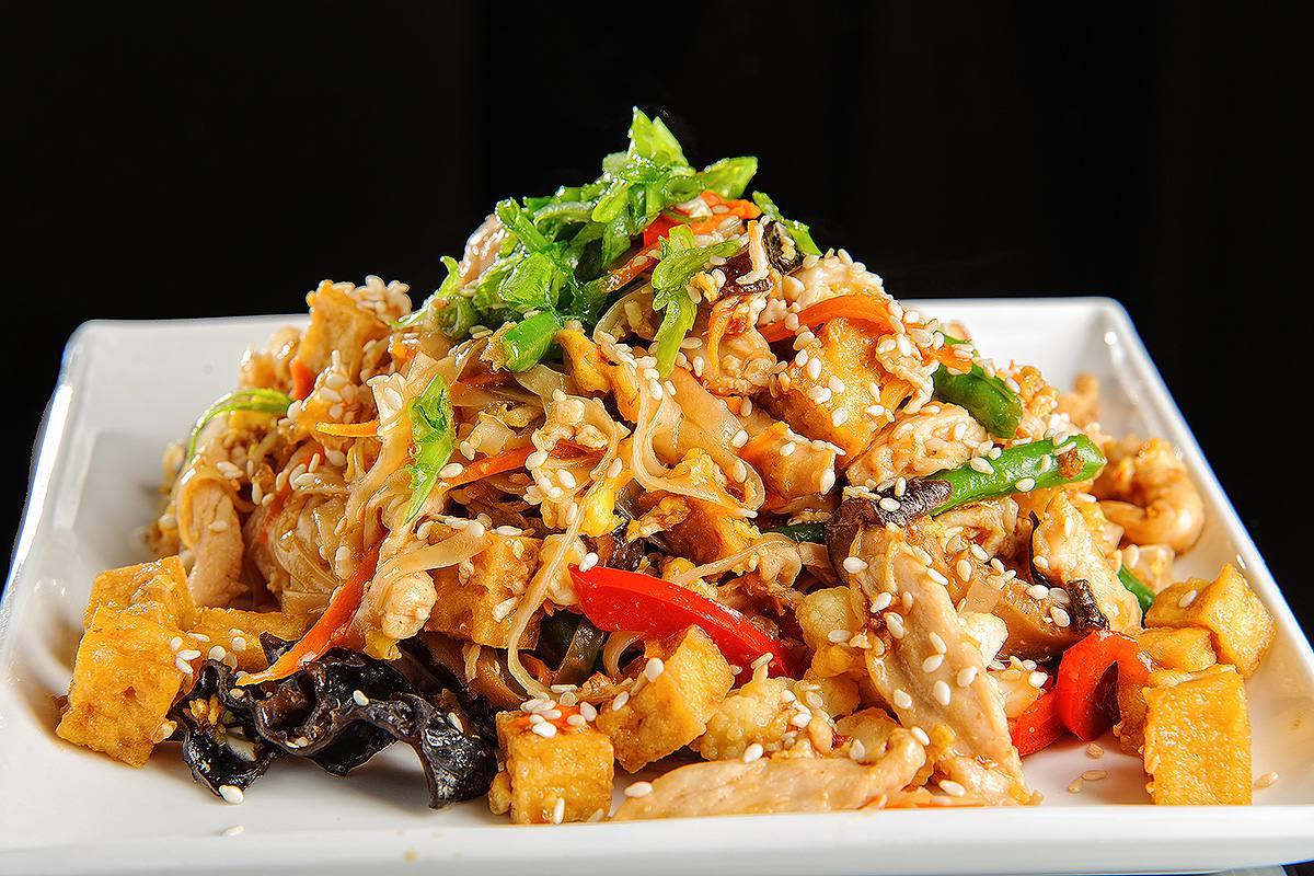рецепт с рисовой лапшой с курицей