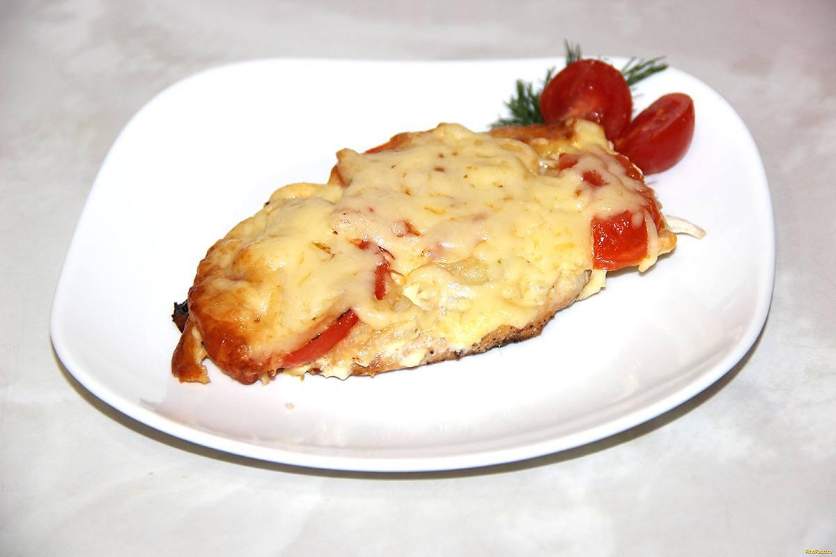 Куриные грудки в духовке с помидорами и сыром с пошагово
