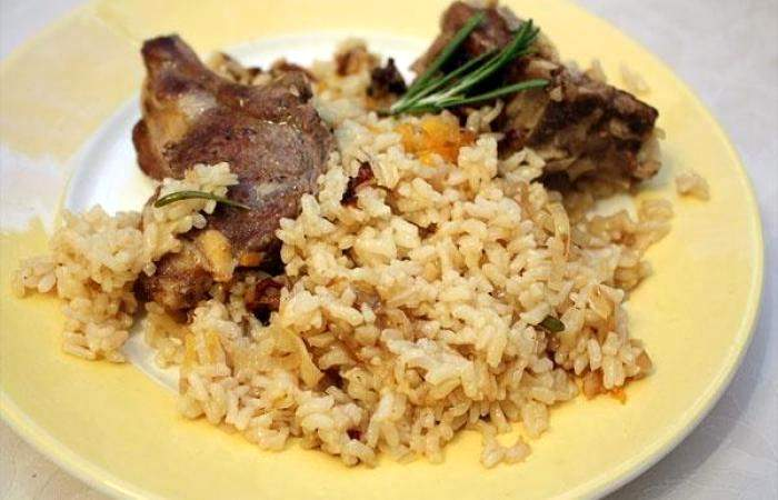 Бараньи ребра с рисом