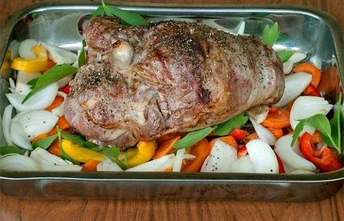 Рецепт Баранина, запеченная с овощами шаг-3