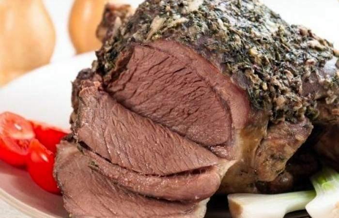 Готовим Мясо Баранина запеченная с чесноком и травами