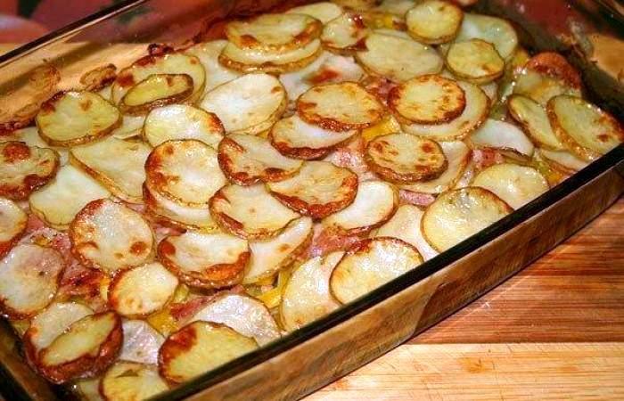 Рецепт Картофель с беконом и кабачками шаг-10
