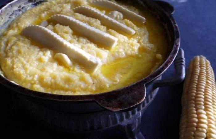 Кукурузная каша с сыром в горшочке