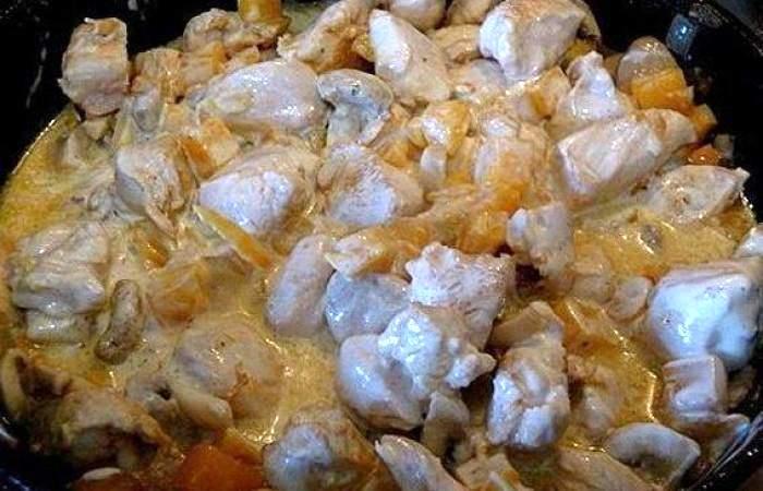 Рецепт Курица с шампиньонами и тыквой шаг-8