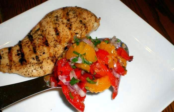 Рецепт Куриная грудка с салатом шаг-5