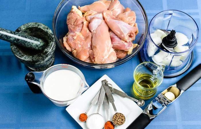 Рецепт Куриные бедра на гриле шаг-1