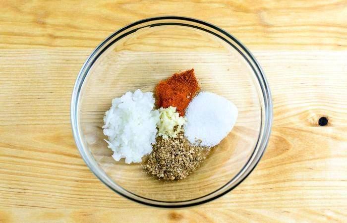 Рецепт Куриные бедра на гриле  шаг-2