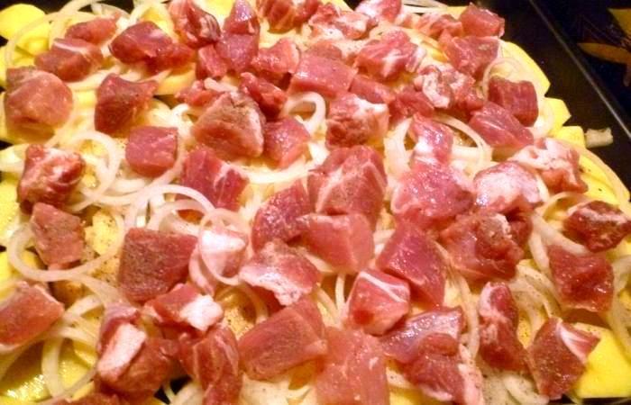 Рецепт Мясо по-французски с картофелем шаг-3