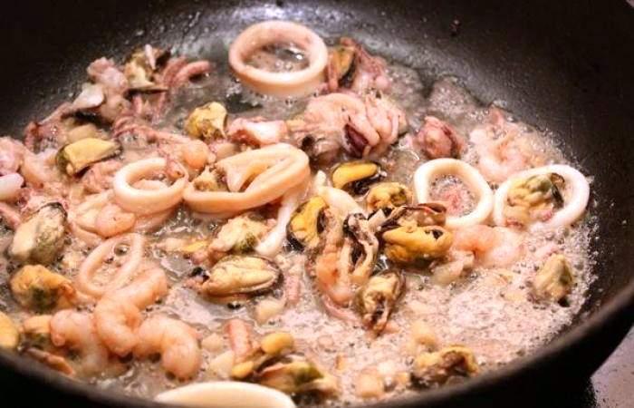 Рецепт Паста с морепродуктами  шаг-2