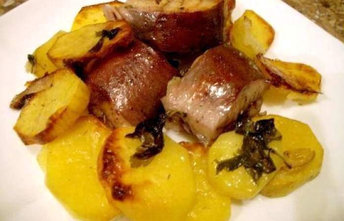 Готовим Рыба Сом, запеченный в рукаве с картофел.