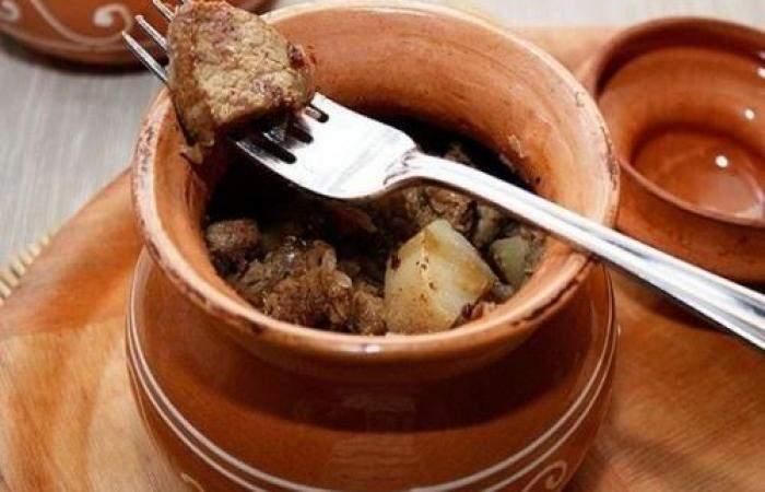 Готовим Мясо Свинина с картофелем в горшочке