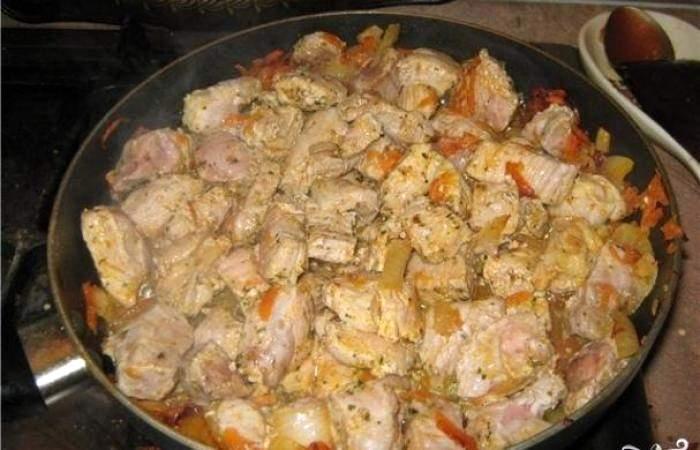 Рецепт Свинина с картофелем в горшочке  шаг-4