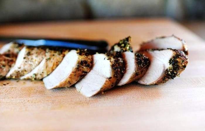 Рецепт Свинина запеченная с травами  шаг-4