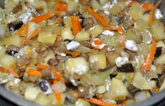 Рецепт Тушеные баклажаны с кабачками шаг-10