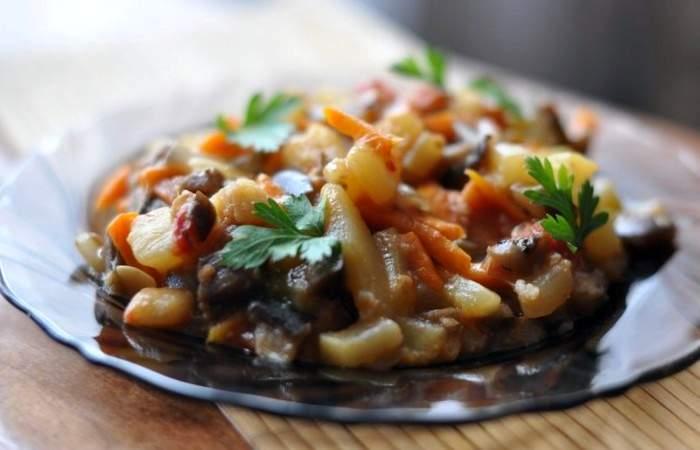 Рецепт Тушеные баклажаны с кабачками шаг-13