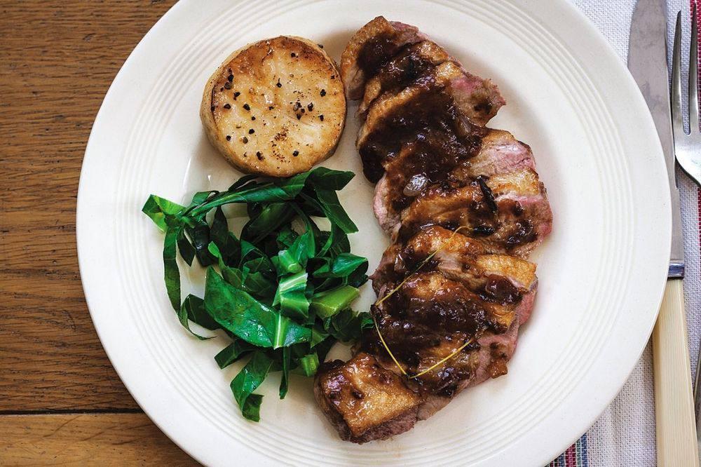 Мясо Утка в соусе из калифорнийского чернослива