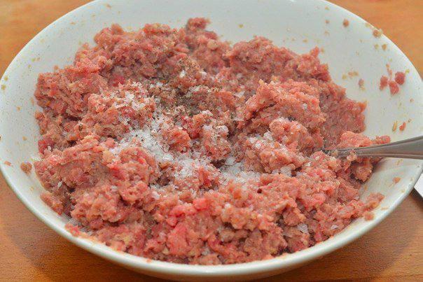 Рецепт Котлеты из говядины с сыром  шаг-2