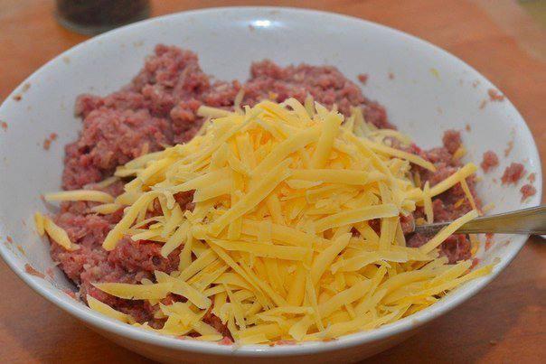 Рецепт Котлеты из говядины с сыром шаг-3