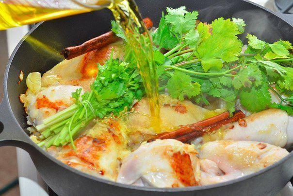 Рецепт Курица с карамелизированными грушами  шаг-4
