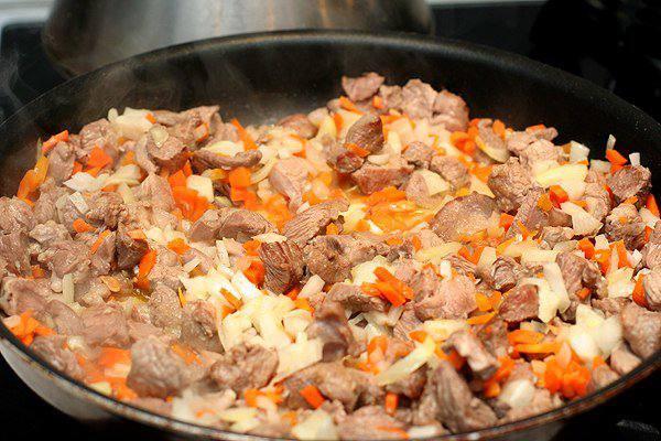 Рецепт Мясо в армянском лаваше шаг-3