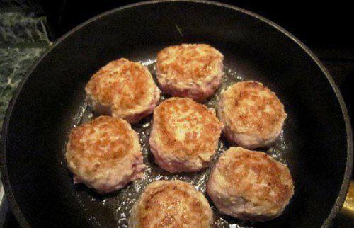 Рецепт Тефтели в соусе шаг-5