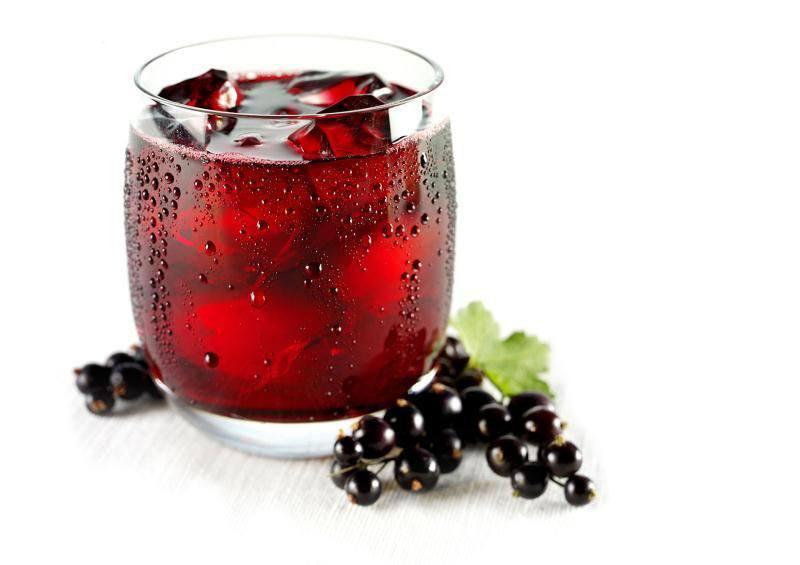 Готовим Коктейли Вино из смородинового варенья