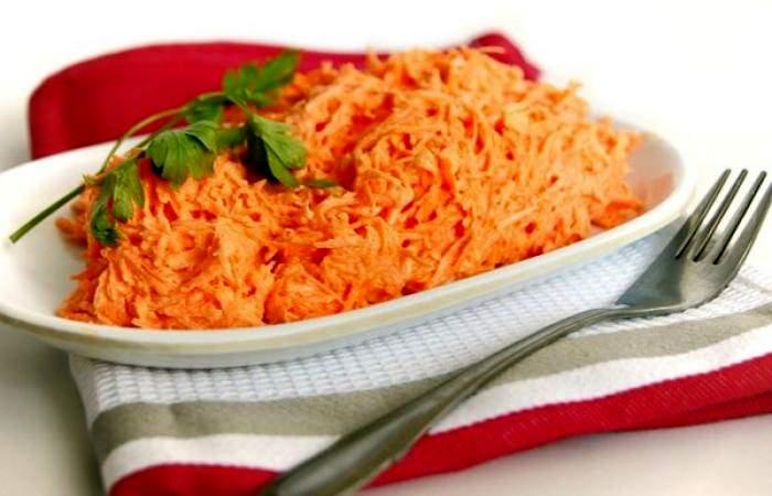 Готовим Салаты Салат из моркови с чесноком