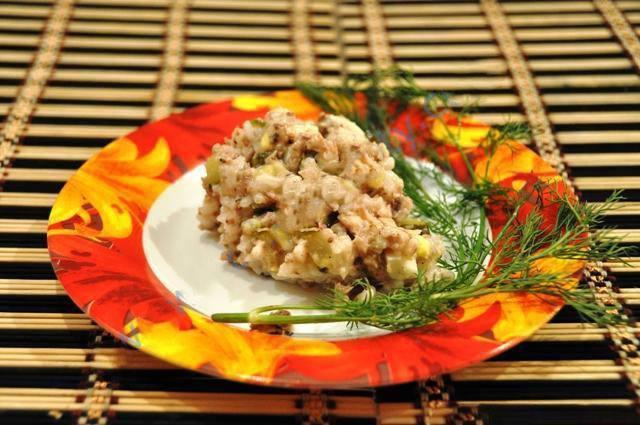 Салат из сардине консервированной
