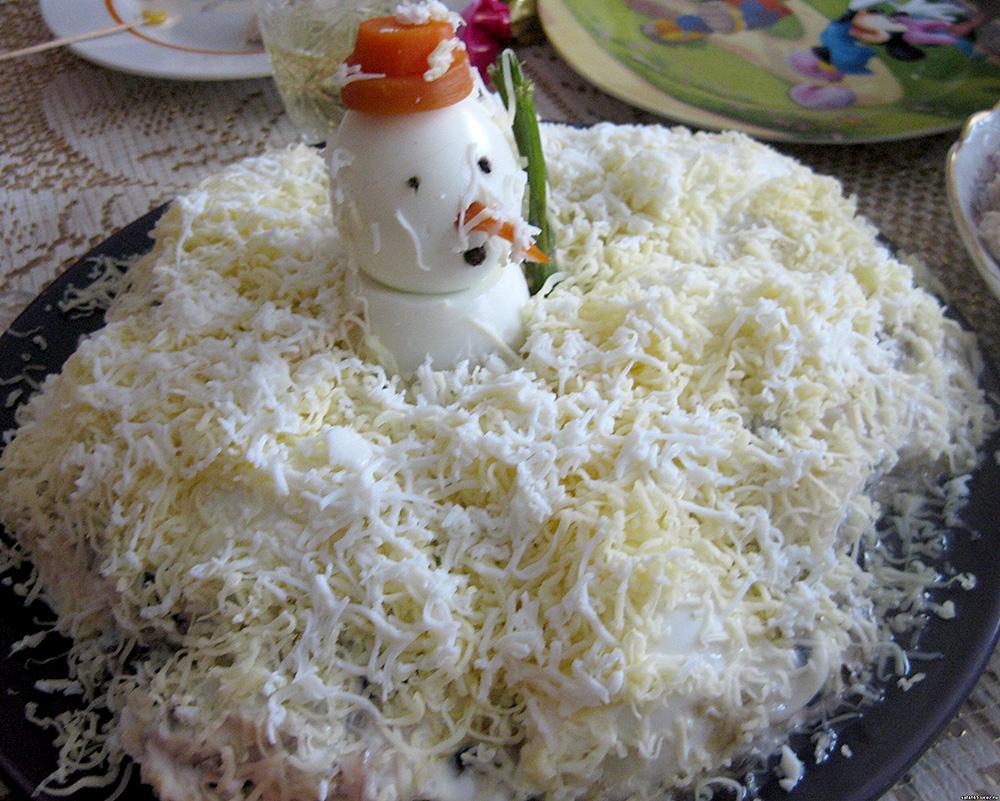 Салат слоями курица грибы сыр