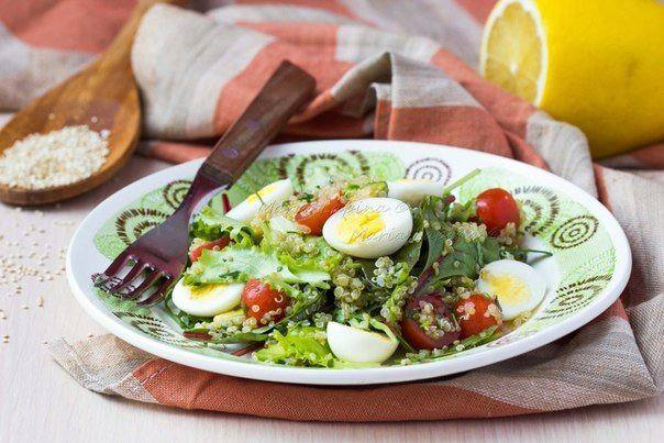 салат с киноа авокадо и томатами черри рецепт с фото пошаговый