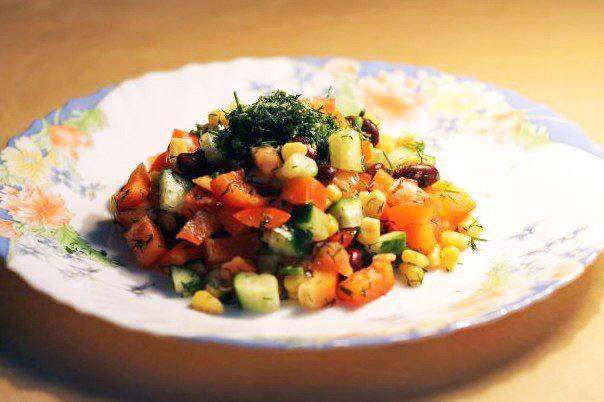 Готовим Салаты Овощной салат с красной фасолью