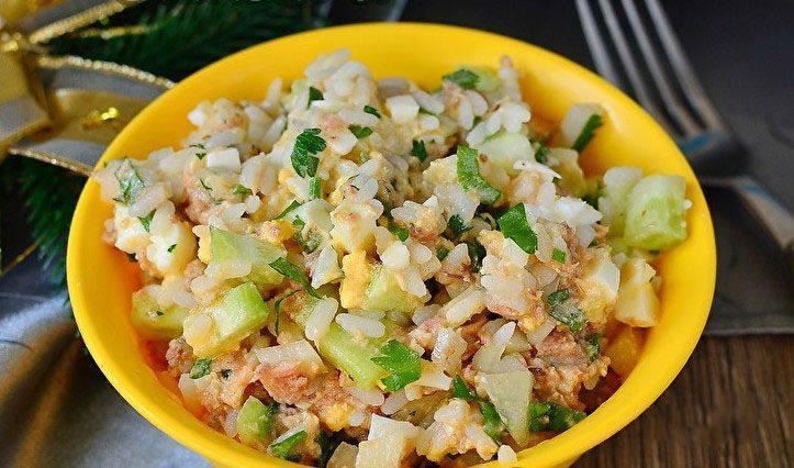 Готовим Салаты Салат с тунцом и рисом