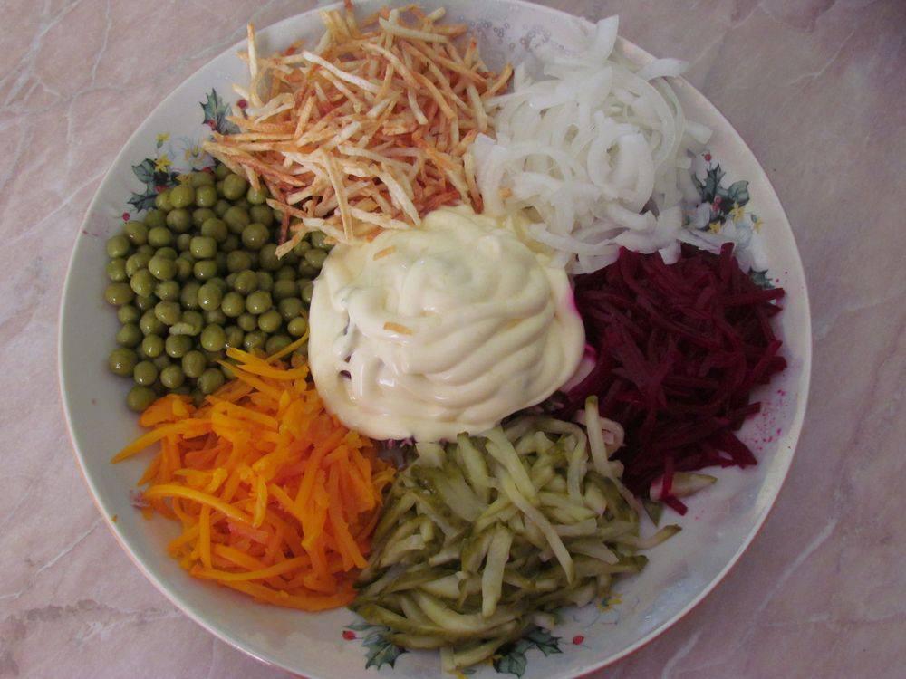 Рецепт салата с жареным мясом