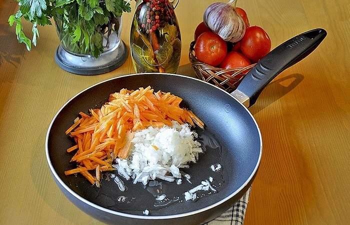 Рецепт Грибной суп с яичной лапшой шаг-5