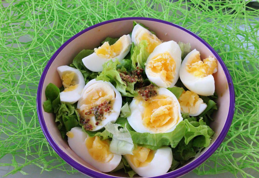 салаты из яиц рецепты с фото простые эти тебе дарю