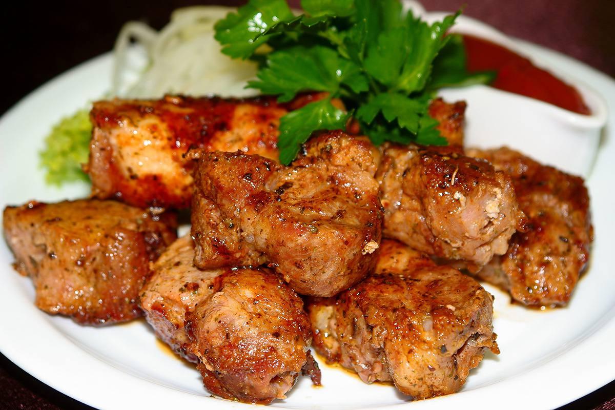 мясо в томатной пасте рецепт с фото
