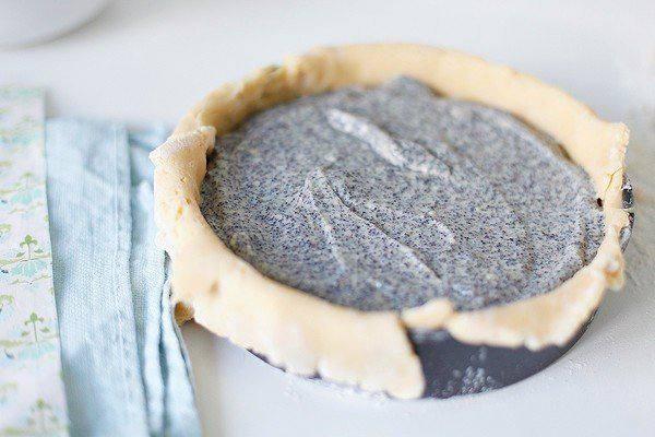 Рецепт Баскский пирог с маковым заварным кремом шаг-5
