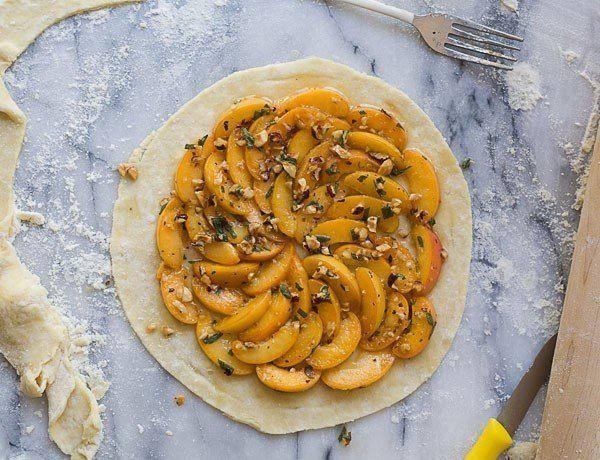Рецепт Галета с абрикосом и орехами шаг-1