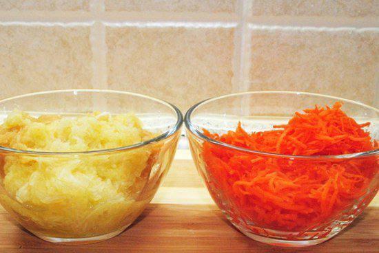 Рецепт Морковно-яблочные кексы с корицей шаг-1
