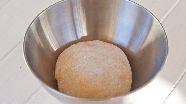 Рецепт Рогалик с сыром и сосисками шаг-3