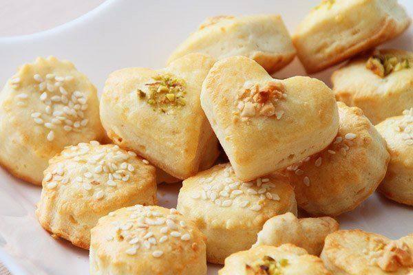 Готовим Выпечка Сырное печенье с орехами и кунжутом