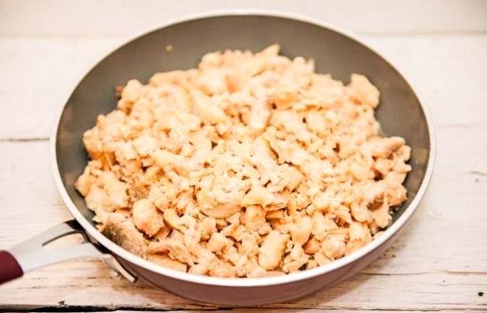 Рецепт Рыбный пирог с рисом из дрожжевого теста шаг-8