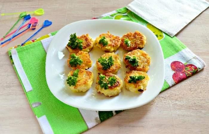 Рецепт Картофельные канапе с сельдью шаг-10